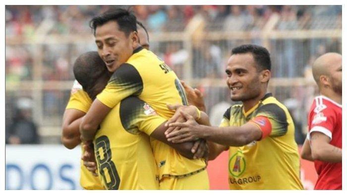 Persib Bandung Berlakukan Aturan Baru Nan Tegas bagi Pemain yang Kena Kartu Kuning, Ini Aturannya