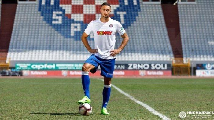 Bassel Jradi saat direkrut Hajduk Split. Bassel Jradi mencuat menjadi nama terbaru incaran Persib Bandung