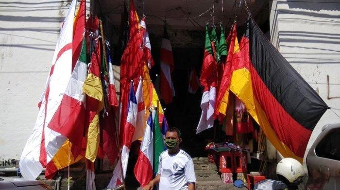 Jelang Piala Eropa 2020, Penjual Bendera Negara Menjamur, Bendera Italia dan Jerman Sering Dicari