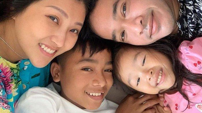 Betrand Peto Jadi Anak Angkat Ruben Onsu - Sarwendah Teman Ivan Gunawan, Ibu Kandung Curhat Begini