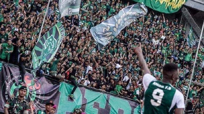 Konflik Bobotoh dan The Jakmania Kata Pelatih Persib Bandung Mestinya Berteman, Simak YUK