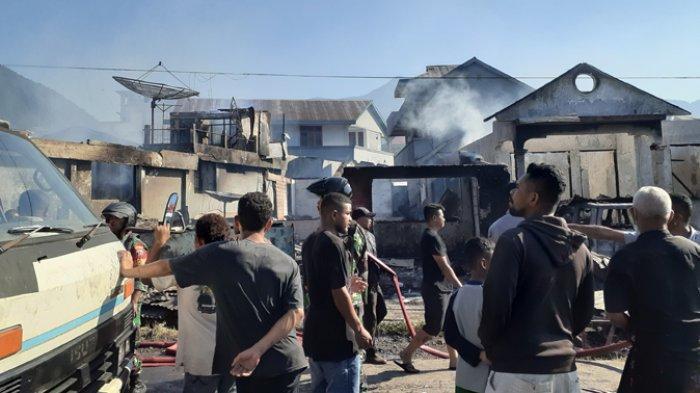 BREAKING NEWS: Kebakaran di Manggarai, 4 Rumah dan Satu Mobil Hangus Dilalap Sijago Merah