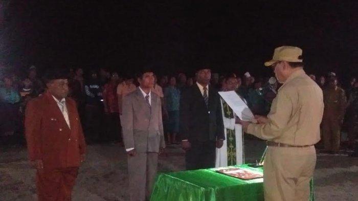 Bupati Malaka Lantik 3 Penjabat Kepala Desa di Pantai Motadikin