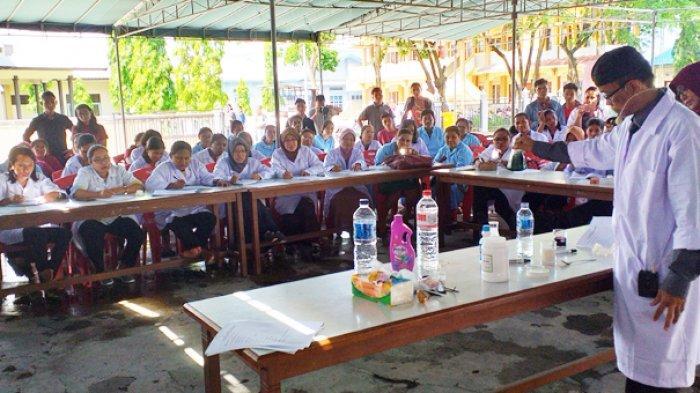 Bupati Marsel Tantang Guru Jadikan Kimia Sebagai Mata Pelajaran Mengasyikkan