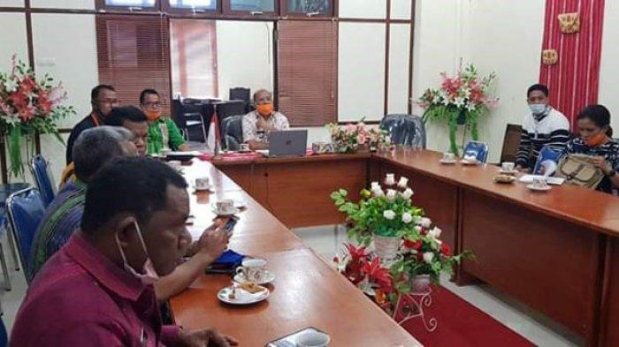 Bupati Niga Ikuti Vicon dengan Menteri Sosial dan Gubernur NTT