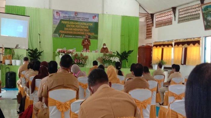Bupati Sumba Barat Yohanis Dade Resmi Membuka Kegiatan Rapat Koordinasi Bidang Pertanian