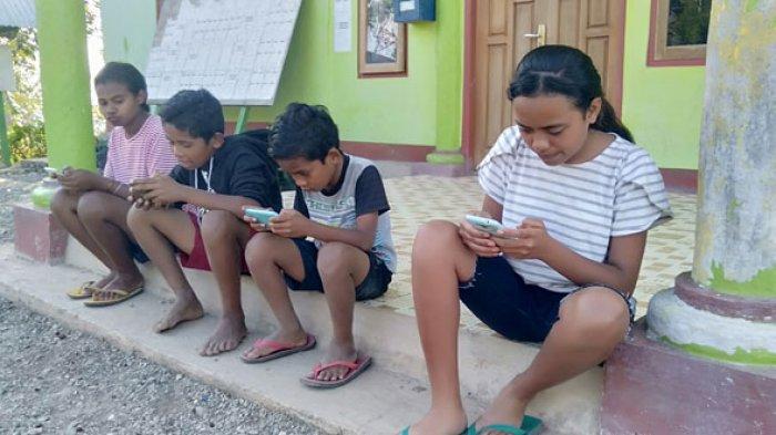 Cerita Ansi dan Isa Soal Kemudahan Jaringan Internet di Desa Fatusene