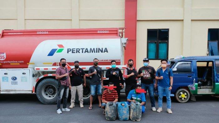 Kapolsek Reo Bersama Anggota Tangkap Basah Pencurian BBM Jenis Pertalite, Ini Kronologi Penangkapan