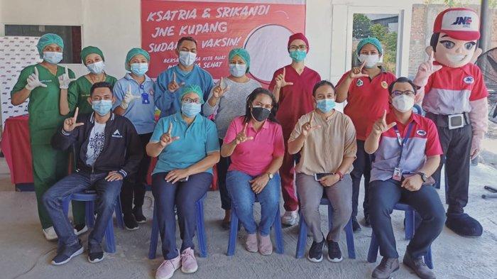 JNE & Puskesmas Kupang Kota Gelar Vaksin untuk Karyawan dan Pelanggan