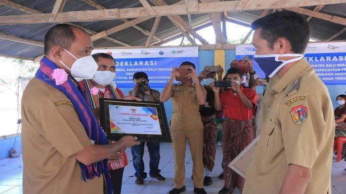 Desa Mandeu dan Faturika di Belu Deklarasi STBM