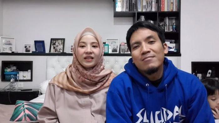 Desta Larang Istri Pakai Hijab, Sampai Ribut dengan Natasha Rizki , Pasangan Artis Nyaris Pisah