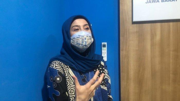 Gagal Nikah dengan Irwan Mussry, Sosok Ini Pernah Ungkap Teka Teki Pernikahan Desy Ratnasari