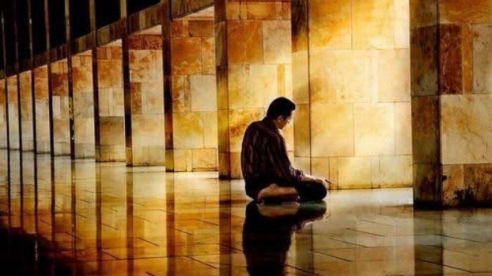 SHOLAT MAGHRIB: Amalan Doa dan Dzikir, Doa SetelahSholat Bacaan Latin, Bahasa Arab dan Artinya