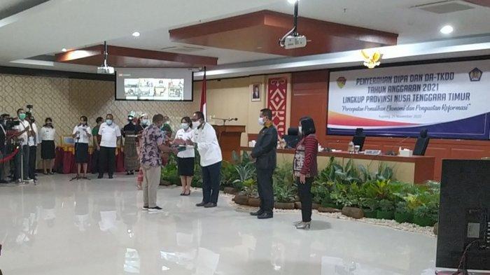 Wabup Flotim Terima Dana DIPA dan TKDD 2021 untuk Kabupaten Flores Timur, Yuk Simak !
