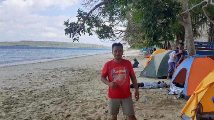 TRIBUN WIKI : Panorama Indah dengan Bentangan Pasir Putih di Pantai Uiasa, Yuk Simak