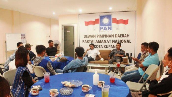 Jaring Aspirasi Generasi Milenial,DPW PAN NTT dan Tik Tikoers Gelar Ngopi Bareng