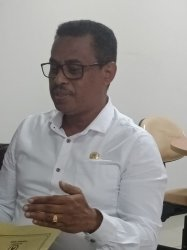 dr-drh-maxs-e-u-sanam-msc-wakil-rektor-i-bidang-akademik_20180820_220334.jpg