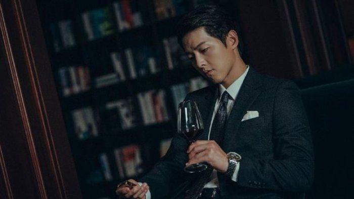 Jadi Pengacara Kejam, Song Joong Ki Ungkap Karakternya di Drama Korea Vincenzo, Simak Sinopsis