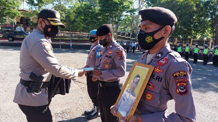 Dua Anggota Polres Timor Tengah Utara Diberhentikan Tidak dengan Hormat