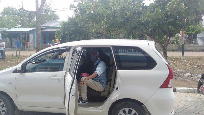 Tim Gugus Tugas Penanganan Covid-19 TTU Pulangkan Dua WNA Asal Timor Leste