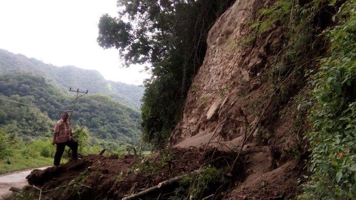Dua Titik Longsor di Aesola dan Kukubodu Intai Nyawa di Ruas Maumere-Ende