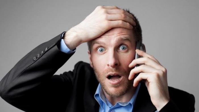 AWAS, Jangan Coba-coba Main Ponsel di Toilet, BAHAYA Penyakit Ini Mengintai Nyawa Anda, Kata Dokter!