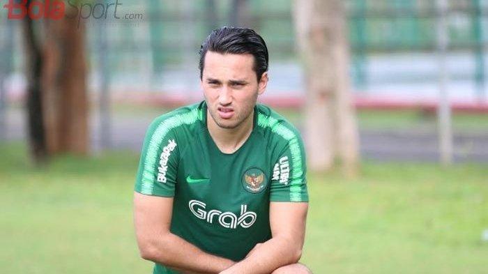 Bantah Alasan Robert Alberts Gagal Datangkan Ezra Walian Rp 11,5 M untuk Persib Maung Bandung, Info