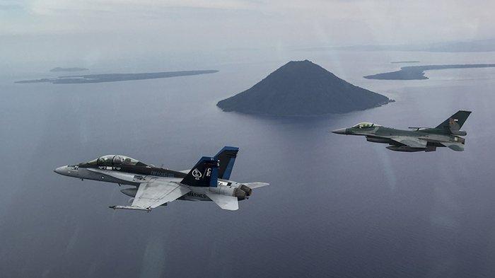 Duet Jet Tempur F16 TNI AU Buru dan Paksa Pesawat Ethiopian Airline Mendarat di Batam