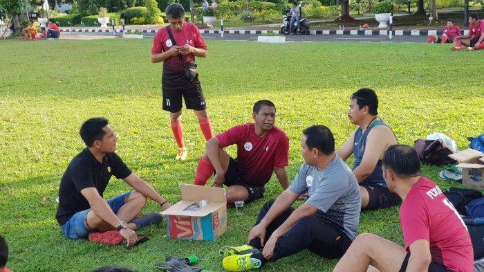 Dorong Kemajuan Sepakbola NTT, Komunitas NTT All Star Jakarta Dukung Fary Francis