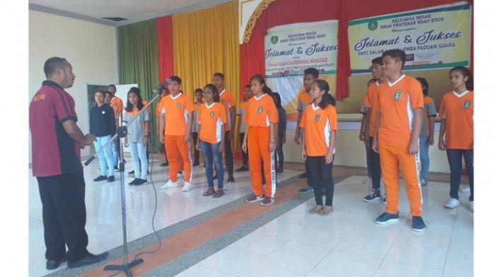 Frando Choir Tampil di Singapura