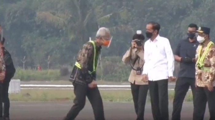 Bahasa Tubuh Ganjar Pranowo Saat Berbicara dengan Jokowi Curi Perhatian, Gubernur Jateng Dipuji