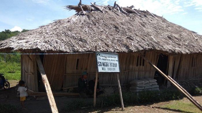 BREAKING NEWS: Gedung Sekolah Memrihatinkan, SDN Fatufuaf Dapat Bantuan Ruang Kelas Baru