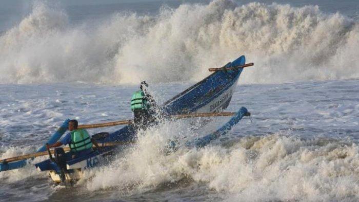 Peringatan Dini BMKG Rabu 22 Januari 2020: Wasapada! Hujan Petir & Gelombang Tinggi di Wilayah Ini