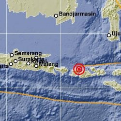 gempa-lombok-timur_20180819_234102.jpg