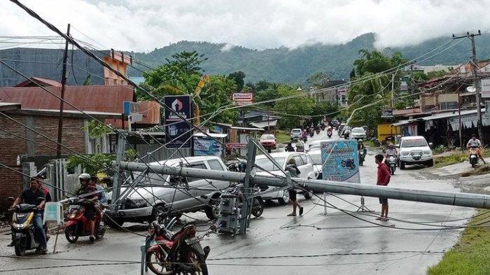 GEMPA DI SULAWESI BARAT: Aparat  Sudah Temukan 42 Jenazah, Begini Kondisi Terkini Gempa Majene