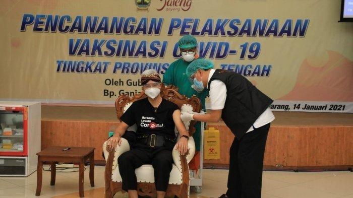 Gubernur Jawa Tengah Rasakan Hal Aneh Ini Usai Disuntik Vaksin Covdi-19