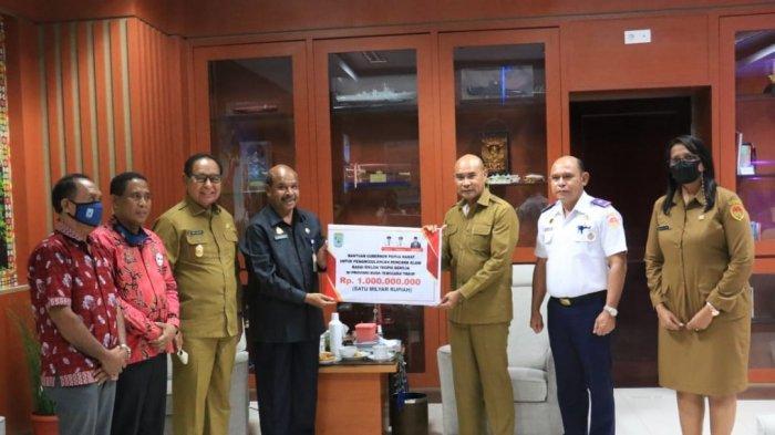Pemprov Papua Barat Peduli Korban Seroja NTT, Gubernur Mandacan Bantu Rp 1 Miliar