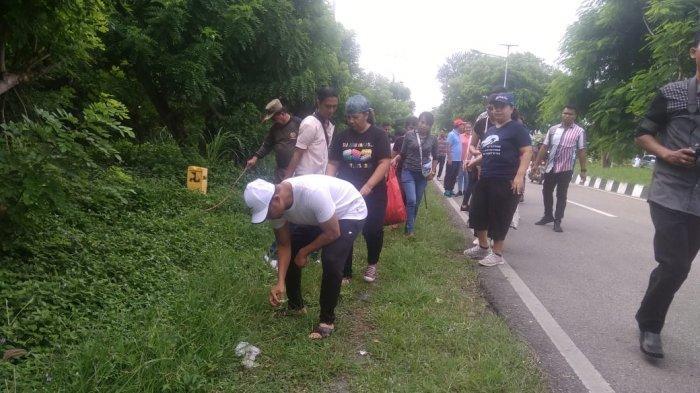 LIVE STREAMING: Gubernur NTT Viktor Bungtilu Laiskodat Turun ke Jalan Bersihkan Sampah, ASN Panik?