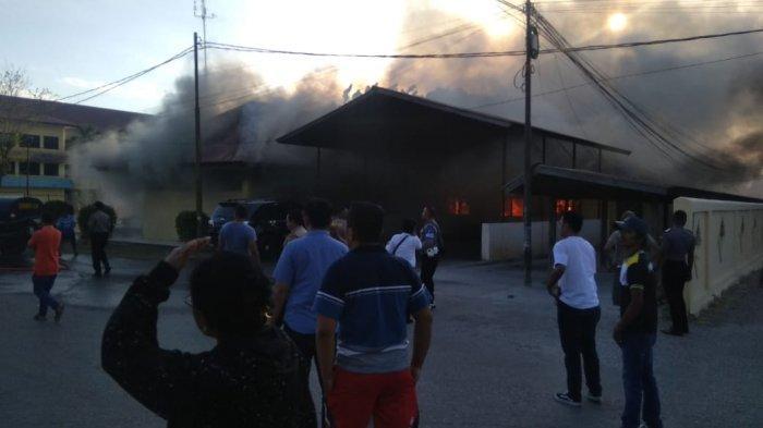 Kebakaran Gudang Polda NTT, Yadi Priyadi Sebut Sumber Api dari Ruangan TI Pol