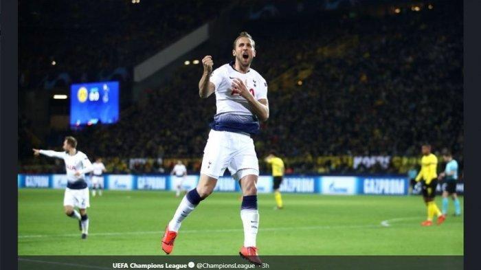 Striker Tottenham Hotspur Harry Kane merayakan gol ke gawang Borussia Dortmund di laga leg kedua Liga Champions di Stadion Signal Iduna Park, Rabu (6/3/2019).