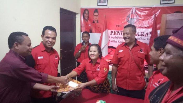 Paket HOKI Resmi Mendaftarkan Diri ke DPC PDIP Ngada
