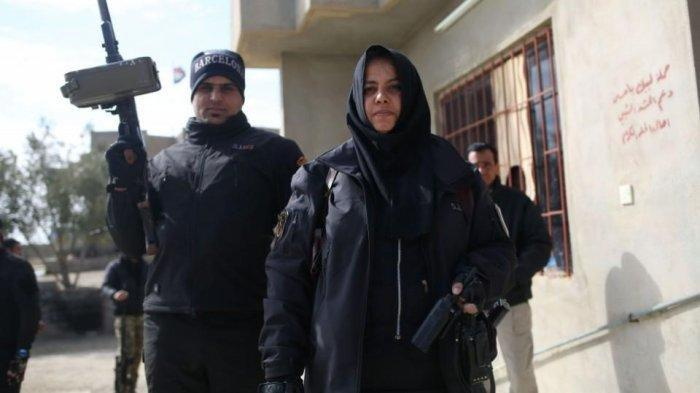 Ini Sosok Wanita yang Paling Diburuh ISIS, Ia sempat Penggal dan Masak Kepala serta Bakar Teroris