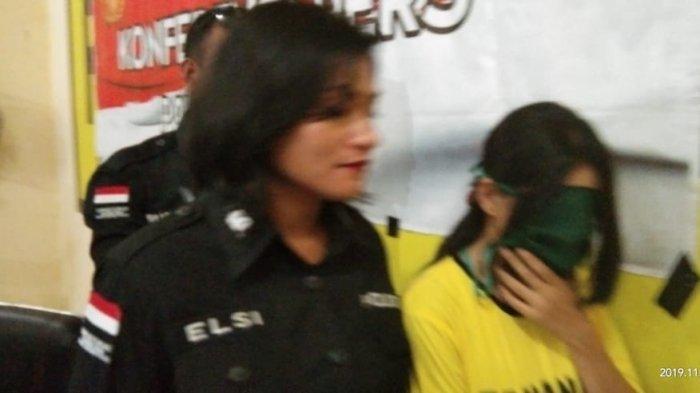 BREAKING NEWS: Ibu  Hamil Asal Makassar Diciduk Polisi di Maumere Saat Terima Kiriman Shabu-Shabu