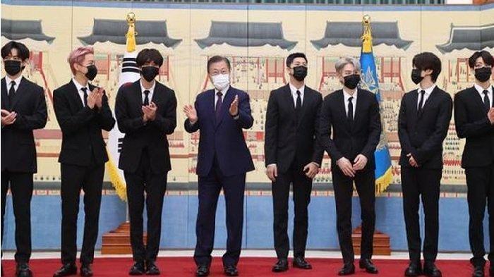 Ikut Sidang Umum PBB ke-76, BTS Bertemu Presiden Moon Jae In, RM cs Dapat Paspor Diplomatik