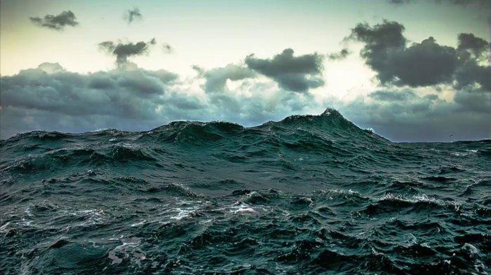 Potensi Gelombang di Tiga Wilayah Perairan di Sumba Hari ini Mencapai 3.5 Meter
