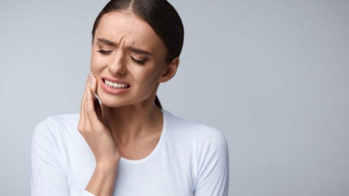 12 Gejala Penyakit ini Harus Segera Dibawa ke RS : Penyakit Pembuluh Darah, Urologi dan Lainnya