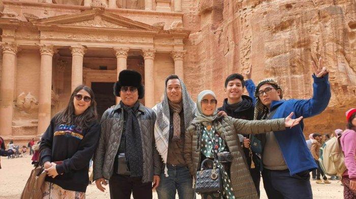 Irjen Pol Hamidin Wisata Religi Bersama Keluarga,  Ada Keinginan Berbagi