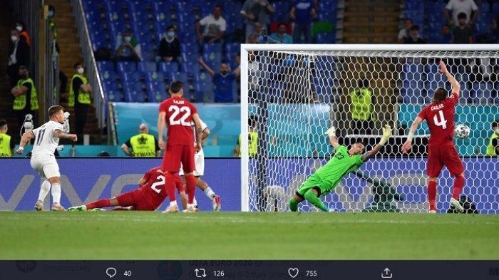 Kiper Turki Coba Halau Bola Malah Terjadi Gol Bunuh Diri Turki Takkluk 3-0 vs Italia Laga Euro 2020