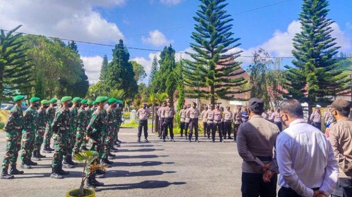Polres Ngada menggelar apel kebangsaan di Halaman Mapolres Ngada, Senin 26 April 2021.