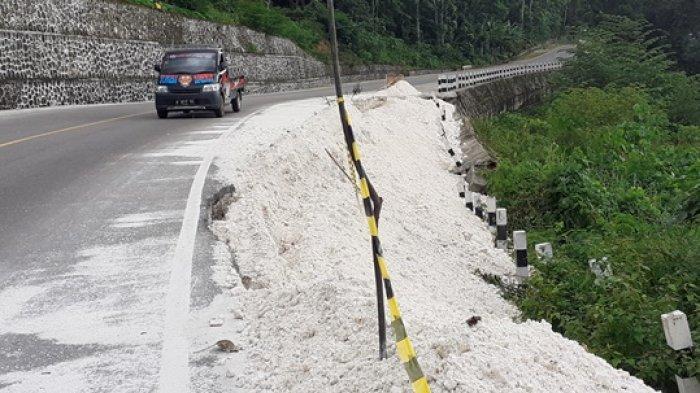 PPK Jalan Nasional Weekeloh-Langgaliru, Siap Perbaiki Dinding Penahan Jalan di Km 6 Sumba Barat